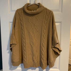 GAP M/L Cable Knit Turtleneck Poncho Sweater